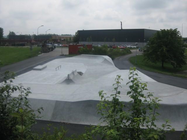 Bara skatepark, Concreatures skateparks